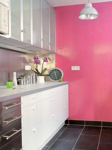 pink-black-white-kitchen-1